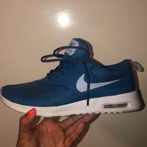 blue nike air max thea